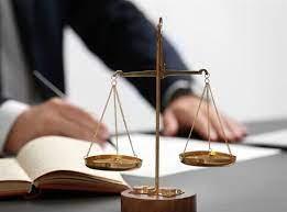 وکیل پایه یک و مشاور حقوقی